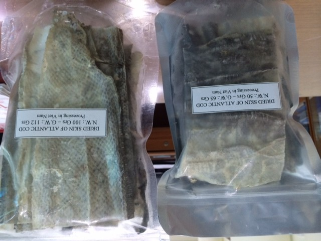 HC132910 - Dried Atlantic Cod Skin (cut)